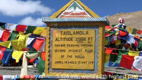 Himalayas roadtrip world's highest passes most dangerous roads road trip on Royal Enfield motorbikes